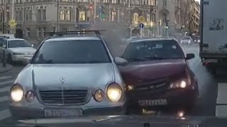 Fail Compilation of Driving in Russia OCTOBER 2015 #2