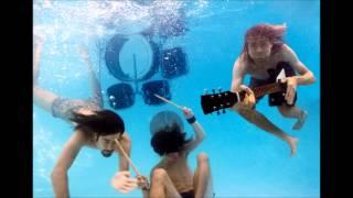 Watch Nirvana Heartbreaker video