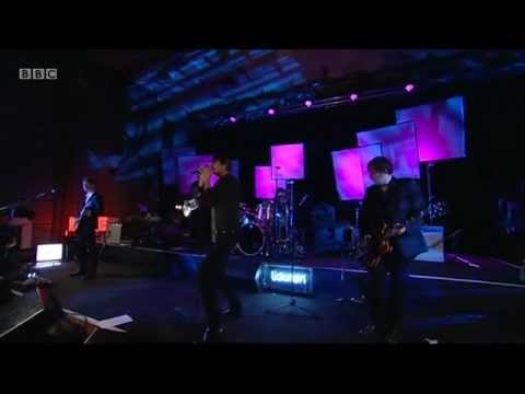 Suede - For The Strangers ( BBC 6 Music Live at Maida Vale 11 Feb 2013)
