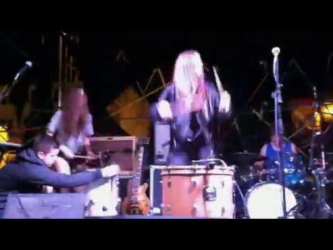 Haim drum solo (Live at New Noise Block Party 2013, Santa Barbara)
