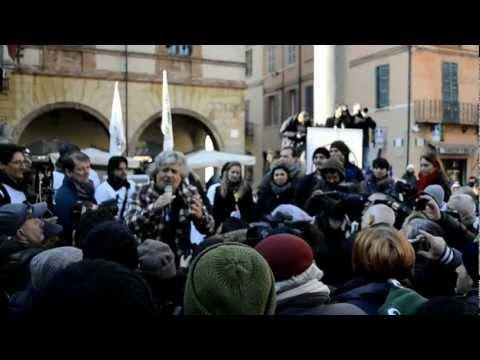 Beppe Grillo Tsunami tour Ravenna 2013