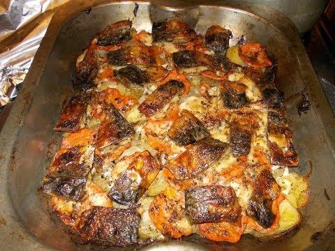 Запеченная скумбрия в духовке с картошкой под фольгой рецепт