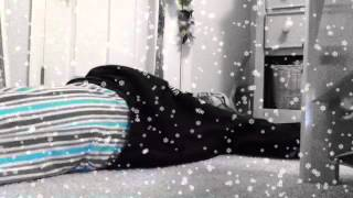 """Agatha Lee Monn Video - """"Do You Want to Build a Snowman?""""very funny"""