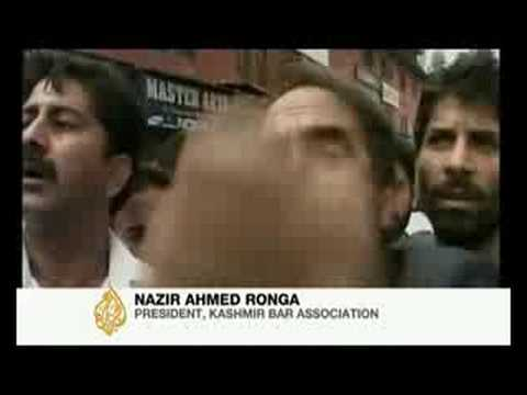 Hindus And Muslims Clash In Jammu-kashmir - 05 Aug 08 video