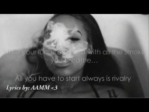 Melanie Martinez - Smoke