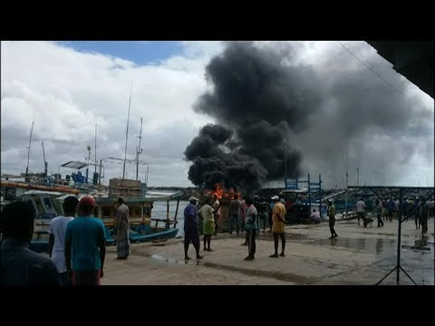 boat gutted in fire |eng