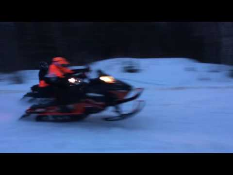 Ski-doo 1200 Turbo vs Yamaha Apex Turbo