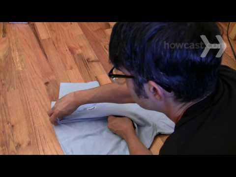 How To Fold a T-shirt in a pair of seconds