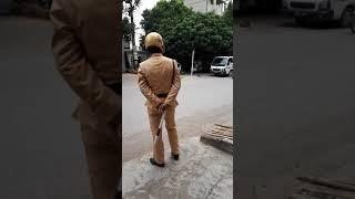 Cảnh sát giao thông huyện văn giang nói là ko phải chào dân khi làm việc