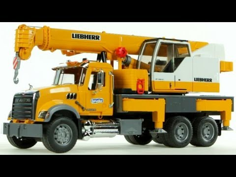Mack Granite Liebherr Crane Truck (Bruder 02818) - Muffin Songs' Toy Review