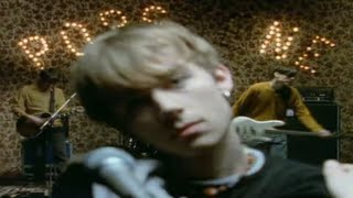Watch Blur Popscene video