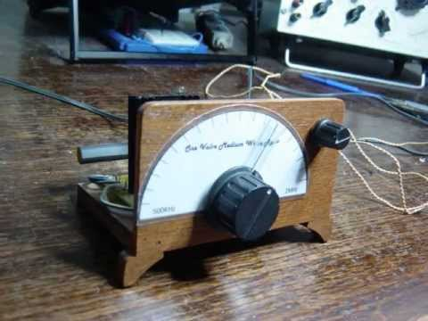 Single Vacuum Tube Radio with Circuit Diagam (Operates on a 12v to 25v HT/LT supply)