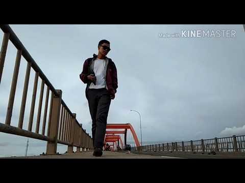 Dadali band - setengah hatimu (official lyric video)
