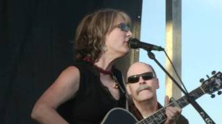 Watch Kathy Mattea Untold Stories video