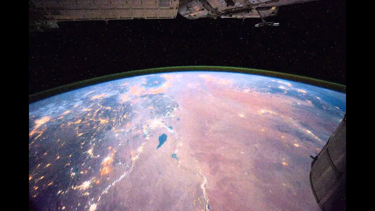 what does the space station look like from earth - photo #43