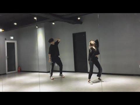 Download Weki Meki Yoojung Dances to Señorita Shawn Mendes, Camila Cabello Mp4 baru