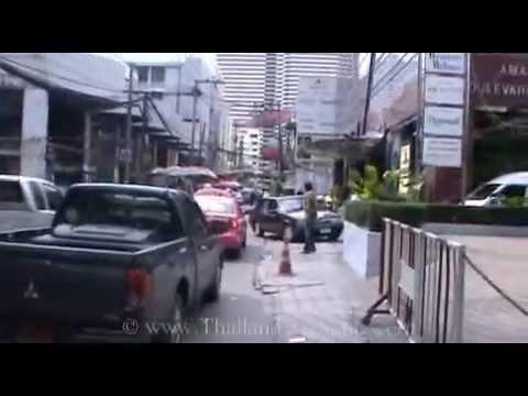 Sukhumvit Road, Soi 7, Beer Garden walk to Soi 5, Nana, Bangkok, Thailand ( 2 )