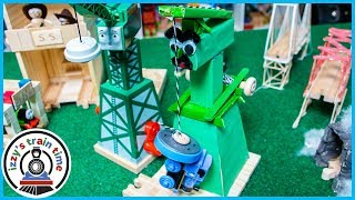 Thomas and Friends DIY Crane! CRANKY HAS A NEW FRIEND!