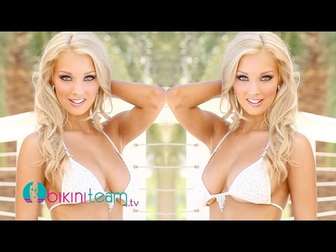 Taylor Reyes 2014 Miss Hooters International Swimsuit Pageant