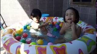 Mandi Bola Lagi - Kids Pool Fun Balls by Christa (Part 4)