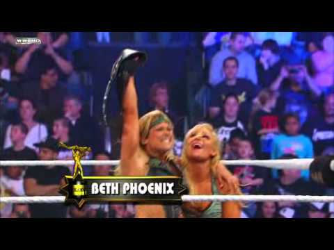 Raw - Divalicious Moment of the Year Slammy Award presentation