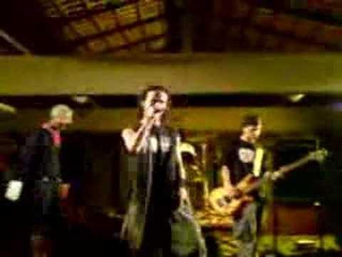 Titelbild des Gesangs Momento Perdido von Fitcore