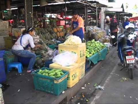fruits and vegetables buriram night market market thailand.mkv