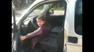 5 years old drives a car