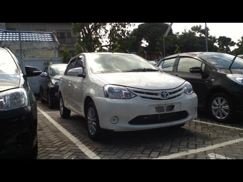 2013 Toyota Etios Valco E. Start Up & In Depth Review