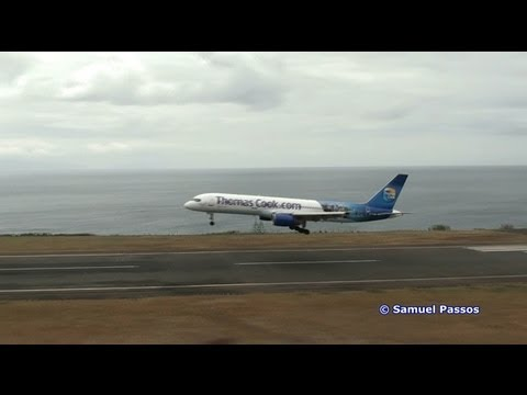 B757 Thomas Cook (Egypt livery) landing on a very bad weather || Madeira
