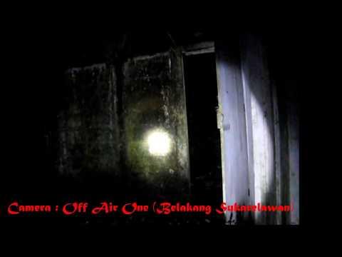 Rumah Di Puncak Bukit (kajian Paranormal Bersama Wujud Paranormal) video