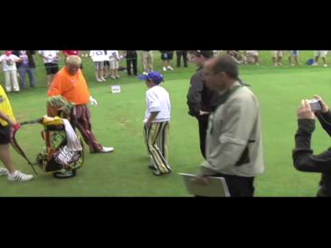 John Daly meets shortest fan Video