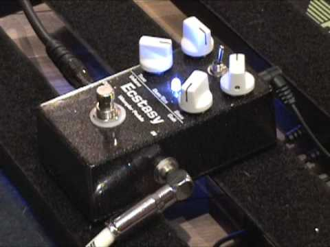 Wampler Ecstasy overdrive guitar effects pedal demo w SG & Dr Z amp