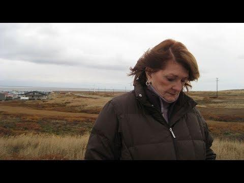 Remembering NewsHour correspondent Betty Ann Bowser