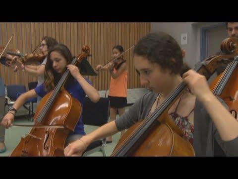 Sold out gala funds music education   Gala à guichets fermés au profit de l'éducation musicale