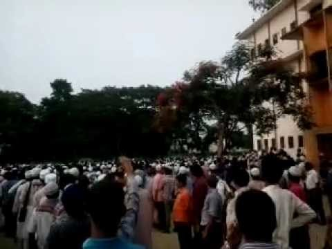 Delwar Hossain Saidi Had Attend His Son's Janaja.mp4 video