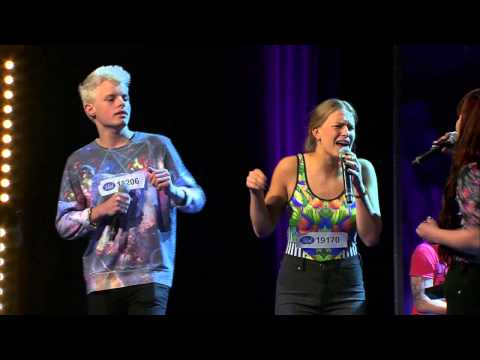 Fanny, Samuel, Emilia, Twyla Och Thomas I Gruppmomentet Av Idols Slutaudition - Idol Sverige (tv4) video