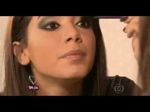 Anitta ensina passo a passo da sua maquiagem no Mais Você 21/05