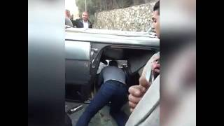 بالفيديو | لحظة إنقاذ أحمد السقا لسيدة بعد انقلاب سيارتها