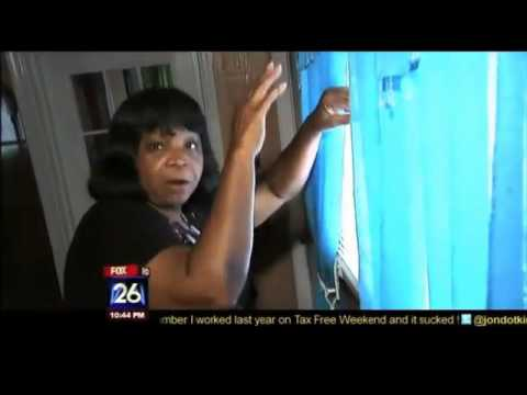 Crazy Granny Fights Off Burglars - Crazy Grandma Gangster video