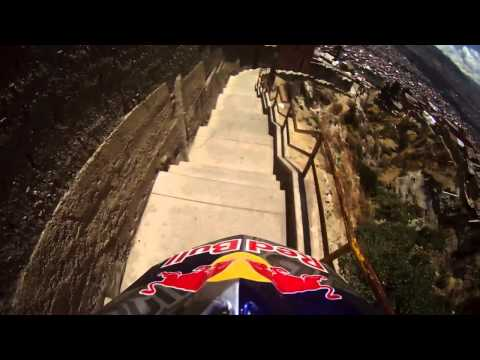 Extreme downhill trail Descenso del Condor in La Paz Bolivia