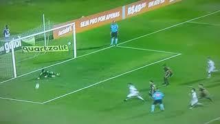 Fernando Miguel pegar o pênalti do Gabriel