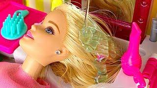 Barbie CORTA CABELO e faz MAQUIAGEM DE VERDADE no Salão de Beleza! Salon HairCut Real Make