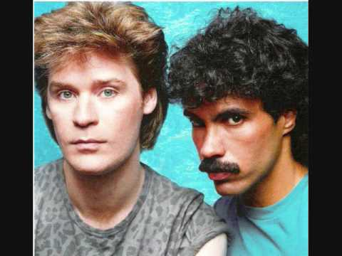 Hall & Oates - You Make My Dreams