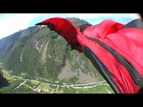 Playing with the Vampire 3 - Wingsuit proximity flying by Jokke Sommer