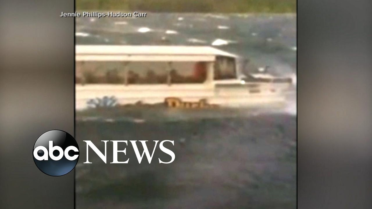 Investigators recover data box in duck boat tragedy