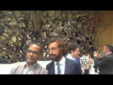 Andrea Pirlo Paolo Maldini Trezeguet da Papa Francesco - Video