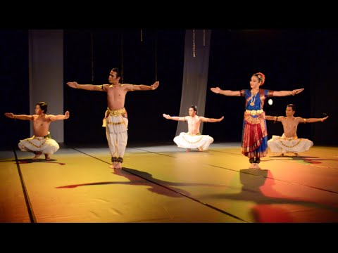 Crossing Borders In Bharatanatyam ( 3 ) video