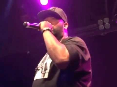 "Kendrick Lamar Brings Out Bun B During ""Blow My High"" Performance Live"