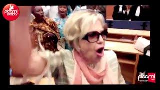 Viviane Wade scande Karim Wade President